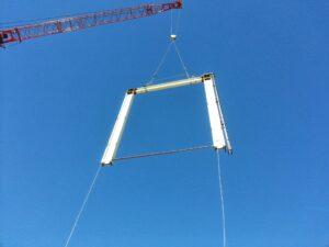 signal a crane